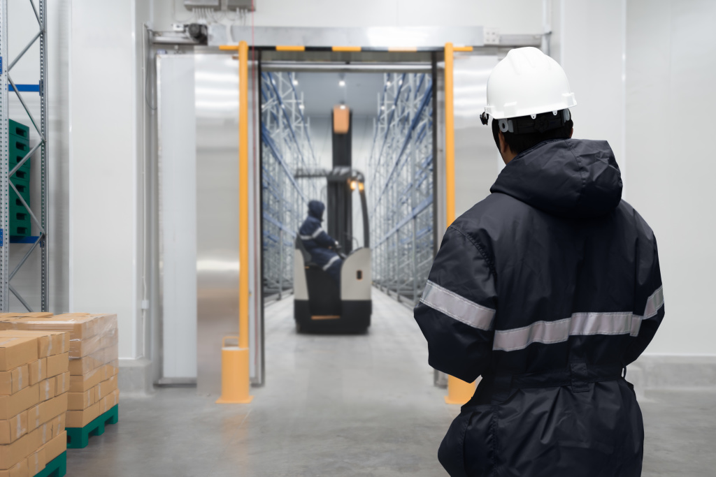 cold storage with forklift