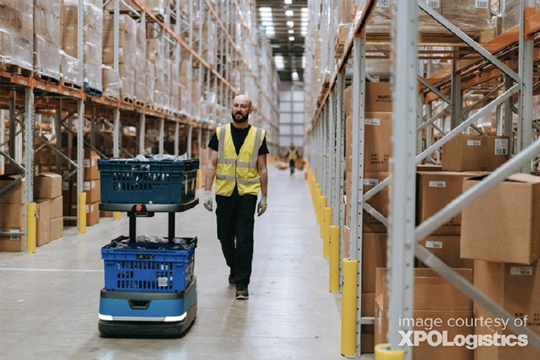 XPO Logistics Using Robotics and AI in Warehouses to Train Employees