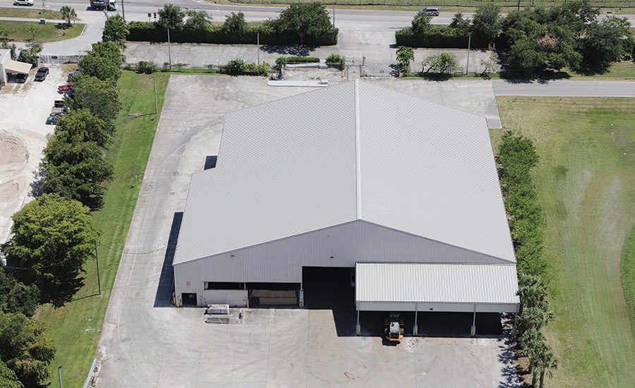 white roof for a better warehouse ventilation